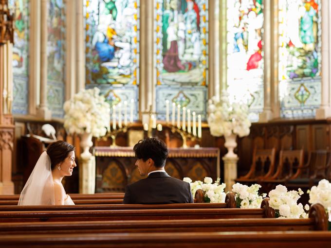 72036b71d7e80 挙式だけをお考えのお二人へおふたりだけの思い出を作りたい。家族でこじんまりと結婚式をして後日二次会で友人と楽しみたい、そんなおふたりにオススメ。